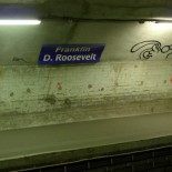 street art metro paris
