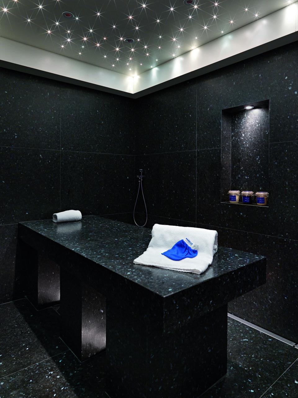 le spa biguine une adresse retenir deedee. Black Bedroom Furniture Sets. Home Design Ideas