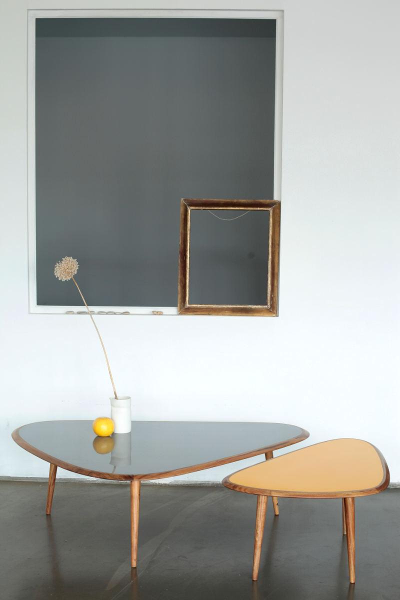 Le cas pineux de la table basse deedee for Red edition table basse
