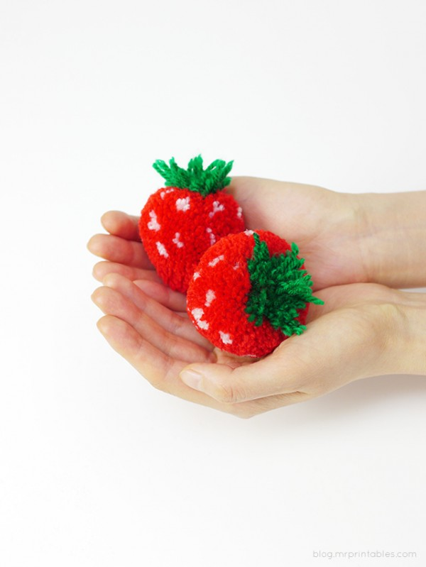 pompom-strawberries-in-hands