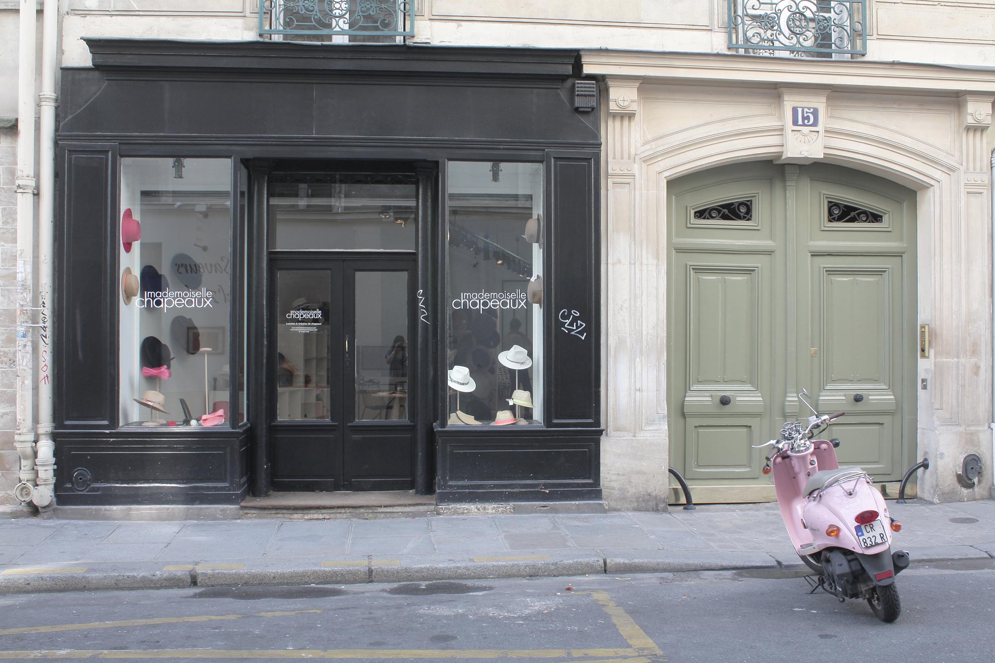 la jolie boutique de mademoiselle chapeaux deedee. Black Bedroom Furniture Sets. Home Design Ideas