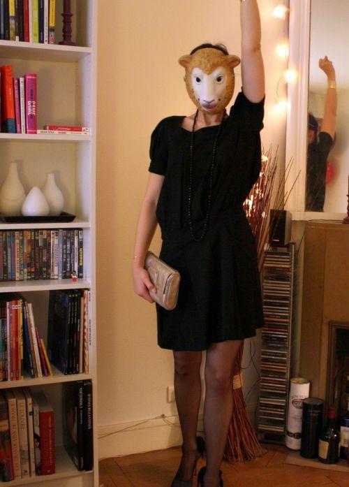 c12ffee73a0 La petite robe noire de Gaston ( ). Mode d emploi ...