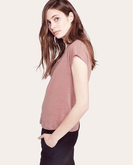 http://www.comptoirdescotonniers.com/eboutique/collection-femme/t-shirt/8929-tshirt-lin-fete-de-meres-acerou-canyon-rose.html?trend=1822