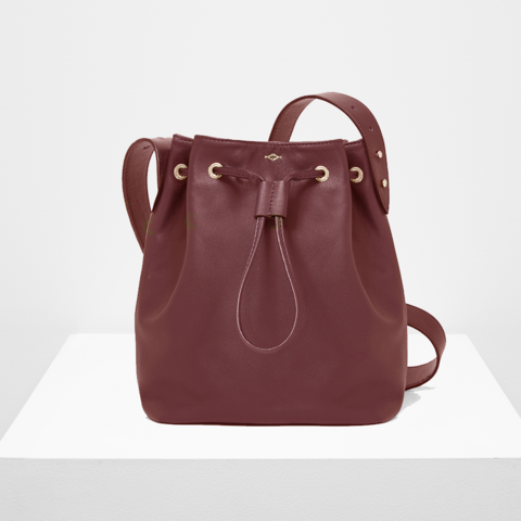 https://yvonne-yvonne.myshopify.com/collections/all/products/sac-seau-lou