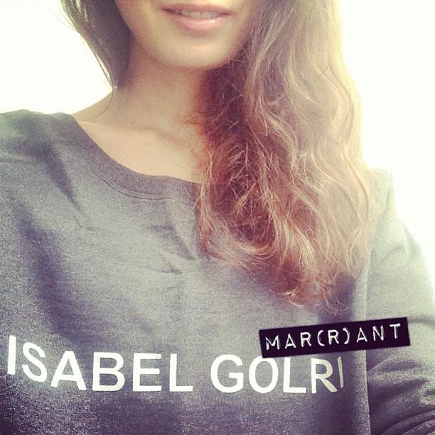 Un sweat vraiment très Marant ^^ #isabelgolri #ootd #lhumourtoujours
