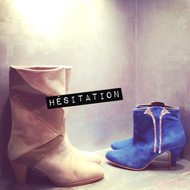 Lesquelles choisir ?! @patriciablanchet #shoesporn #patriciablanchet #coeurs